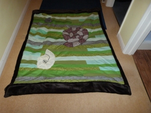 Because who doesn't need a quilt with ammonites!!