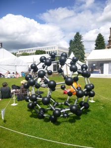 Giant molecular models