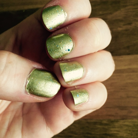 Even my nails like to be sparkly at this time of year!